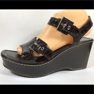 Donald J Pliner March Brown Croc Block Sandals 10M